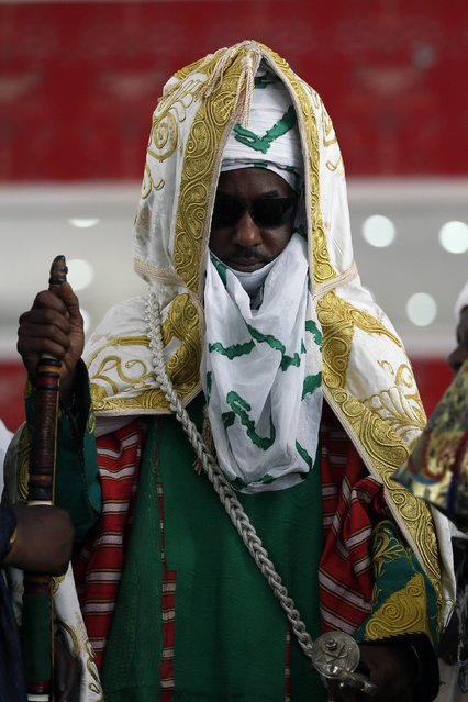 New Emir of Kano Muhamadu Sanusi II holds a staff during his coronation in Kano, Kano State, February 7, 2015. (Photo by Afolabi Sotunde/Reuters)