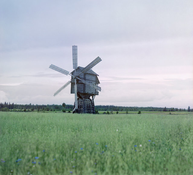 Photos by Sergey Prokudin-Gorsky. Windmill. Russia, Novgorod province, county Cherepovets, Leushino and vicinity (now flooded), 1909