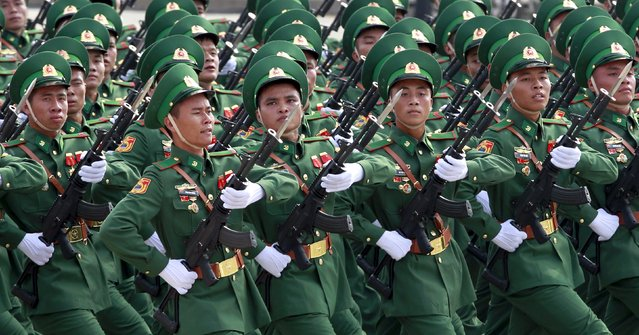 Vietnamese soldiers of border guard force march during a parade marking their 70th National Day at Ba Dinh square in Hanoi, Vietnam September 2, 2015. (Photo by Reuters/Kham)