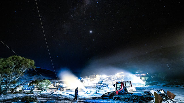 A clear night in the New South Wales ski region has allowed visitors to view the Milky Way over consecutive nights on July 10, 2020 in Charlotte Pass, Australia. Charlotte Pass ski resort has been making the most of colder weather by making snow at night to improve conditions for visitors and allowing those who are on school holidays to visit the New south Wales ski region. (Photo by Bill Blair#JM/Getty Images)