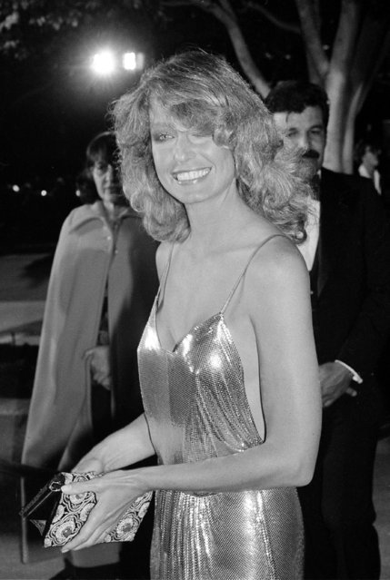 Actress Farrah Fawcett-Majors arrives at the Dorothy Chandler Pavilion for the 50th Annual Academy Awards presentations in Los Angeles, Ca., Monday night, April 3, 1978. (Photo by AP Photo)