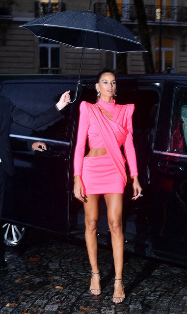"""Brazilian model Izabel Goulart and other celebs arrive at the """"Vogue Paris Celebrates 100"""" party at Palais Galliera during spring/summer 2022 Fashion Week in Paris, France on October 1, 2021. (Photo by Backgrid USA)"""