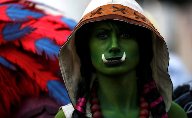 "A cosplay enthusiast waits at the premiere of the movie ""Warcraft"" in Hollywood, California U.S., June 6, 2016. (Photo by Mario Anzuoni/Reuters)"