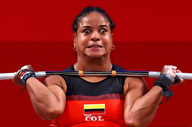 Colombia's Mercedes Isabel Perez Tigrero competes in the women's 64kg weightlifting competition during the Tokyo 2020 Olympic Games at the Tokyo International Forum in Tokyo on July 27, 2021. (Photo by Edgard Garrido/Reuters)