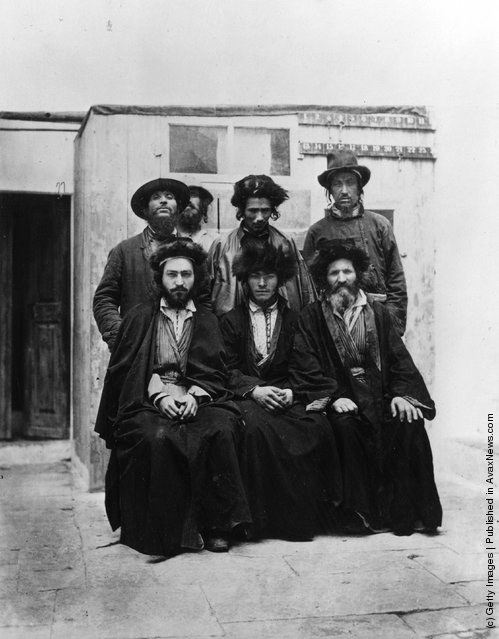 circa 1885:  A group of Ashkenazi jews in Jerusalem