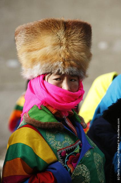 Pilgrims of Tu ethnic minority group