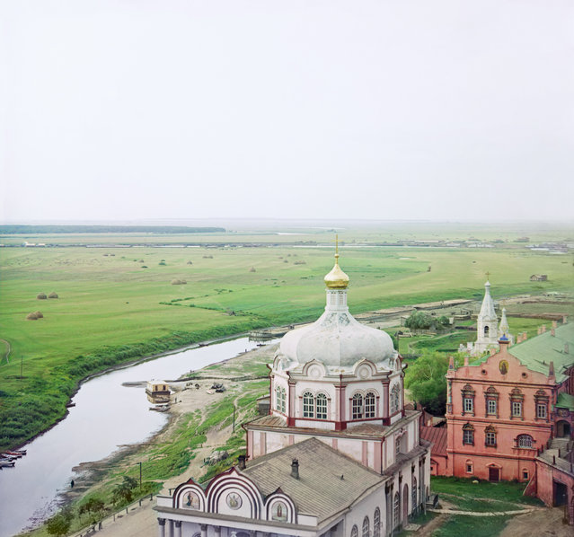 Photos by Sergey Prokudin-Gorsky. Riazan. The Trubezh River and the Cathedral of Christ's Nativity. Russia, Ryazan Province, Ryazan, 1912