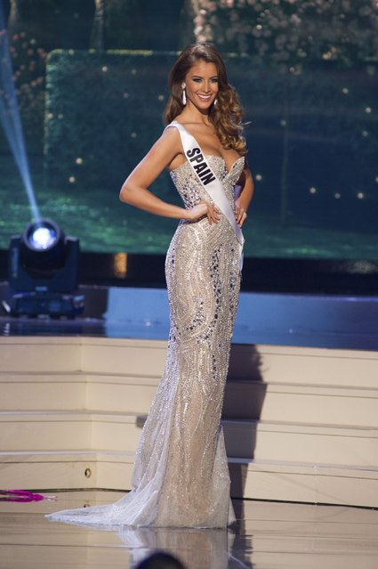 Desire Cordero Ferrer, Miss Spain 2014 competes on stage in her evening gown during the Miss Universe Preliminary Show in Miami, Florida in this January 21, 2015 handout photo. (Photo by Reuters/Miss Universe Organization)