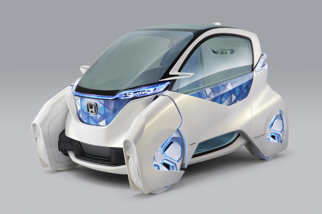 Honda Motor Co's electric Micro Commuter Concept city vehicle is seen in an image released by Honda on November 10, 2011. (Photo by Reuters/Honda Motor Co)