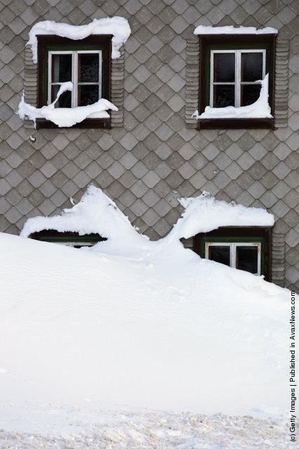 Winter Brings Heavy Snowfalls To Tyrol And Bavaria
