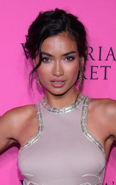 Model Kelly Gale attends as Victoria's Secret Angels gather for an intimate viewing party of the 2017 Victoria's Secret Fashion Show at Spring Studios on November 28, 2017 in New York City. (Photo by Dimitrios Kambouris/Getty Images for Victoria's Secret)