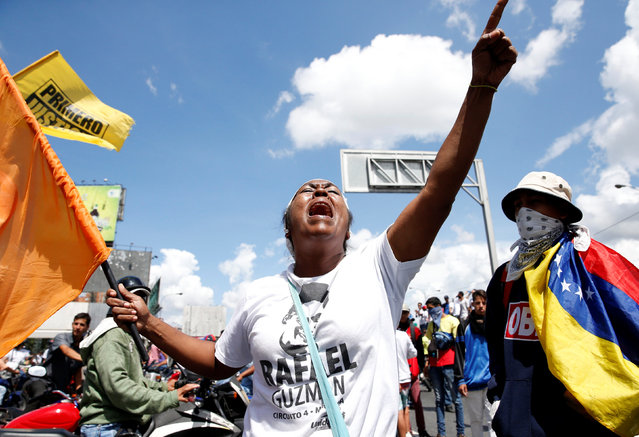 Protesters yell slogans during a rally to demand a referendum to remove Venezuela's President Nicolas Maduro in Caracas, Venezuela, September 1, 2016. (Photo by Carlos Garcia Rawlins/Reuters)