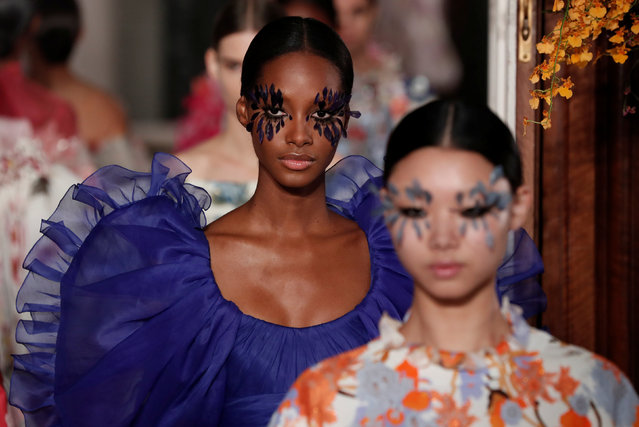 Models present creations by Italian designer Pier Paolo Piccioli as part of his Haute Couture Spring-Summer 2019 collection show for fashion house Valentino in Paris, France, January 23, 2019. (Photo by Benoit Tessier/Reuters)