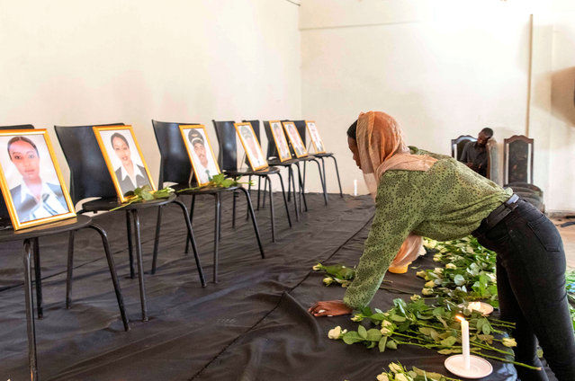 A member of the Ethiopian Airline Pilots' Association mourns as she attends a memorial service for the Ethiopian Airlines Flight ET 302 plane that crashed, in Addis Ababa, Ethiopia, March 11, 2019. (Photo by Maheder Haileselassie/Reuters)