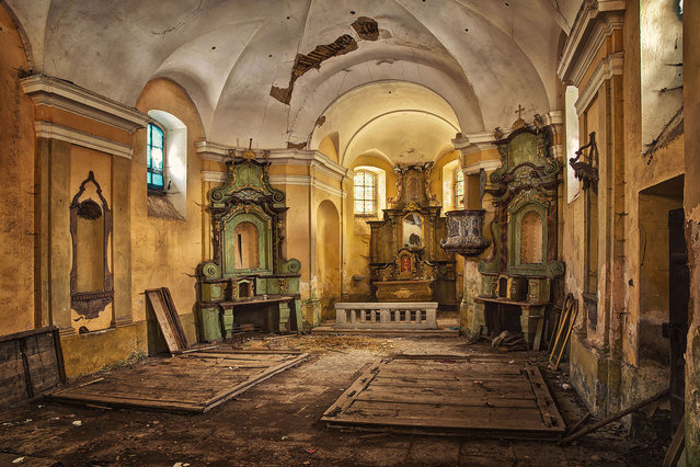 Forgotten by the Clergy. (Photo by Matthias Haker/Caters News)