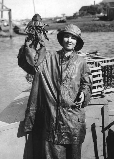 Fisherwoman Storsely Manner of Rye Beach, New Hampshire, who fishes for lobster off the New England coast, supplying many restaurants in New York, circa 1950. (Photo by Hulton Archive)