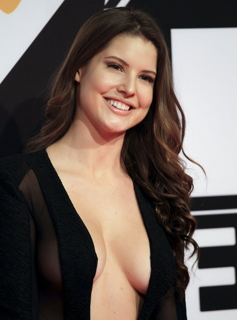 Amanda Cerny poses on the red carpet during the MTV EMA awards at the Assago forum in Milan, Italy, Sunday, October 25, 2015. (Photo by Alessandro Garofalo/Reuters)