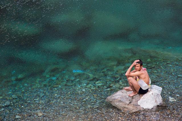 """Water for People,Water for Life"". Water for People, Water for Life. A Good idea for live in Central Asia. Photo location: Seven Lake in Tajikistan-Sugd. (Photo and caption by Mehdi Bemani Naeini/National Geographic Photo Contest)"