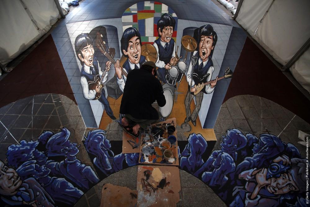 Liverpool Unveils Giant 3D Beatles Artwork
