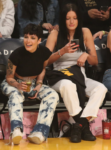 Singer Halsey attends a basketball game between The Los Angeles Lakers Vs the Cleveland Cavaliers at the Staples Center in Los Angeles, Ca. on January 13, 2020. (Photo by London Entertainment/Splash News and Pictures)