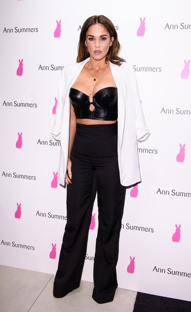 Vicky Pattison arriving at Ann Summers party Oxford Street on August 25, 2017 in London, England. (Photo by Splash News and Pictures)