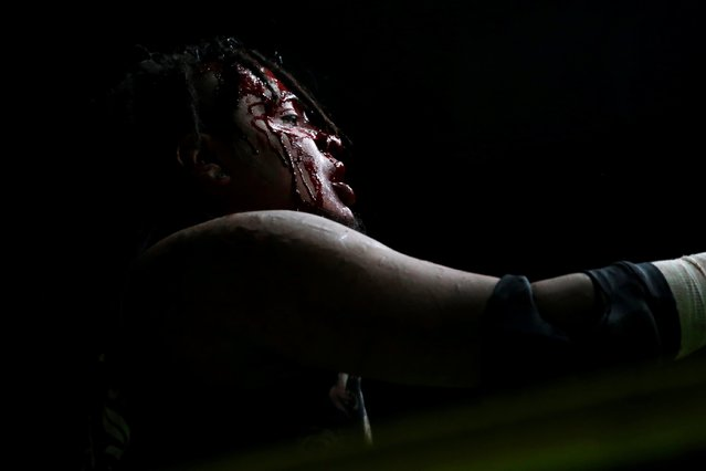 Wrestler known as Ciclope is seen during an extreme wrestling fight at the Arena Neza on the outskirts of Mexico City, Mexico, October 28, 2016. (Photo by Carlos Jasso/Reuters)