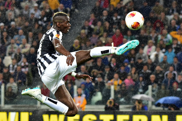 Juventus' French midfielder Paul Labile Pogba controls the ball during the UEFA Europa League semifinal football match Juventus vs Benfica on May 1st, 2014 at the Juventus Stadium in Turin. (Photo by Giuseppe Cacace/AFP Photo)