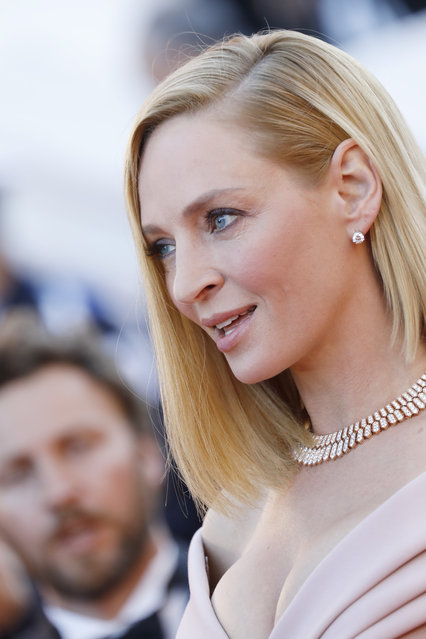 """Un Certain Regard jury president Uma Thurman attends the """"Ismael's Ghosts (Les Fantomes d'Ismael)"""" screening and Opening Gala during the 70th annual Cannes Film Festival at Palais des Festivals on May 17, 2017 in Cannes, France. (Photo by Tristan Fewings/Getty Images)"""