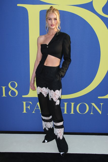 Rosie Huntington-Whiteley attends the 2018 CFDA Fashion Awards at Brooklyn Museum on June 4, 2018 in New York City. (Photo by Matt Baron/Rex Features/Shutterstock)