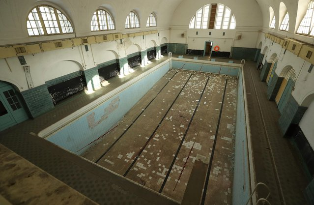 A swimming pool stands in the officers' building at the former Soviet military base on January 26, 2017 in Wuensdorf, Germany. (Photo by Sean Gallup/Getty Images)