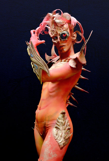 A model poses with her bodypainting designed by bodypainting artist Heather Benson from Greece, in the 2016 World Bodypainting Festival, 2016 in Poertschach am Woerthersee, Austria. (Photo by Didier Messens/Getty Images)