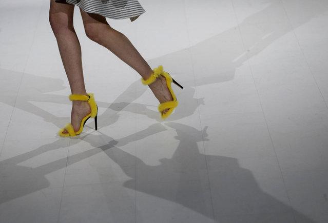 A model presents a creation by Ukrainian designer Julia Aysina during Ukrainian Fashion Week in Kiev, Ukraine, October 13, 2016. (Photo by Valentyn Ogirenko/Reuters)