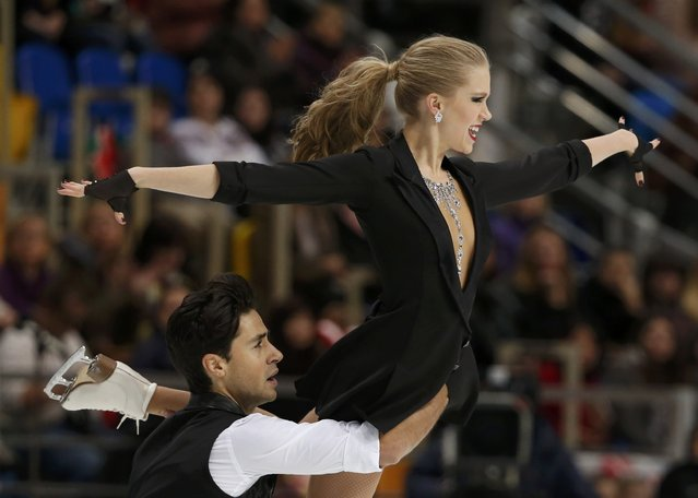 Figure Skating, ISU Grand Prix Rostelecom Cup 2016/2017, Ice Dance Short Dance, Moscow, Russia on November 4, 2016. Kaitlyn Weaver and Andrew Poje of Canada compete. (Photo by Grigory Dukor/Reuters)
