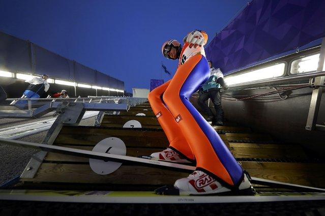 FIS Nordic Ski World Championships, Men's Ski Jumping, Large Hill Individual training, Lahti, Finland on February 28, 2017. Stefan Kraft from Austria prepares for the jump. (Photo by Kai Pfaffenbach/Reuters)
