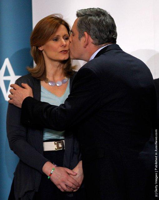Prime Minister Gordon Brownkisses his wife Sarah