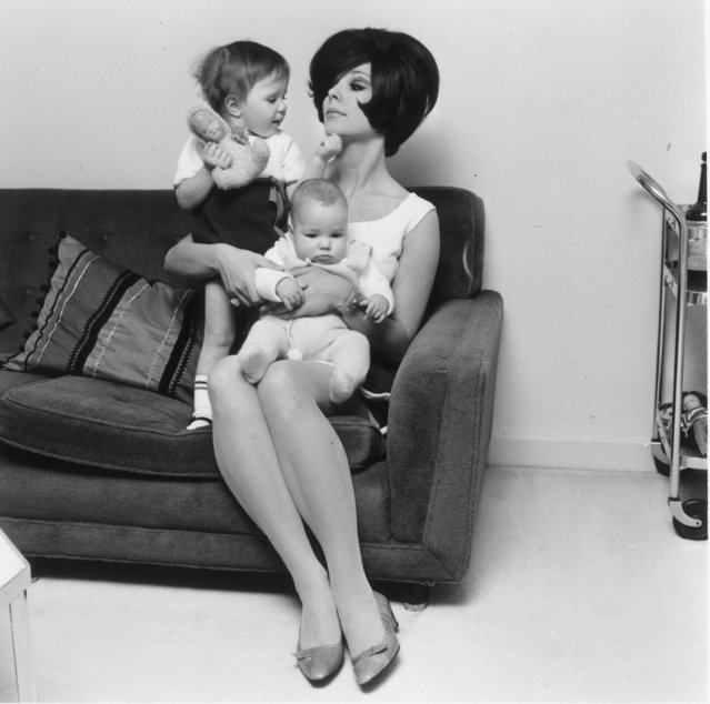 English actress Joan Collins with her children Sacha and Tara, 8th January 1966. (Photo by Reg Burkett/Express/Getty Images)