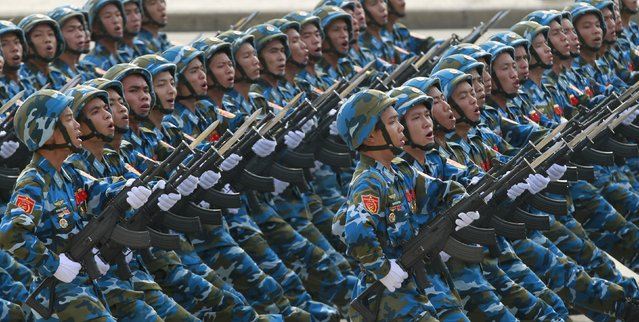 Vietnamese marines march during a parade marking their 70th National Day at Ba Dinh square in Hanoi, Vietnam September 2, 2015. (Photo by Reuters/Kham)