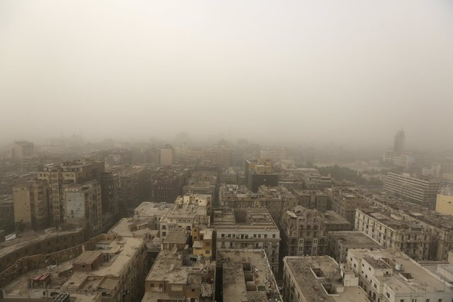 A general view shows buildings during a sandstorm in the city of Cairo, Egypt, September 8, 2015. (Photo by Mohamed Azakir/Reuters)