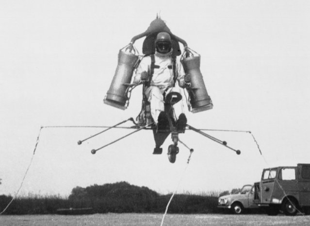 """The """"Ludion"""", an individual helicopter built for the French Army, rises in the air during its first preliminary tests at Sud-Aviation testing ground in Melun, near Paris, on January 3, 1969. (Photo by AP Photo)"""
