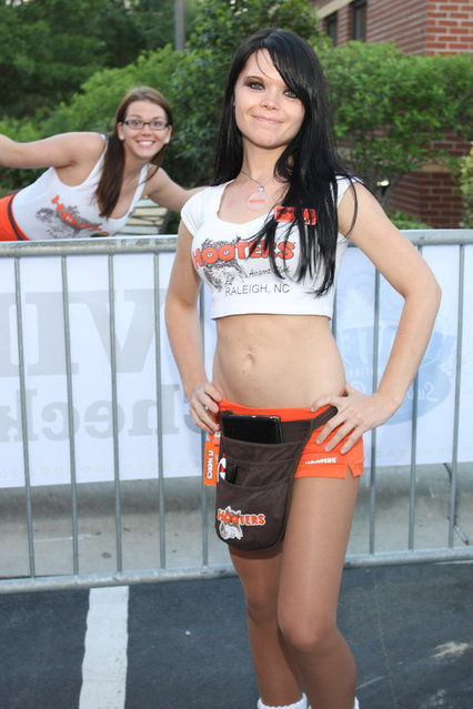 2011 Raleigh Hooters Swimsuit Contest. (Photo by Ardias)