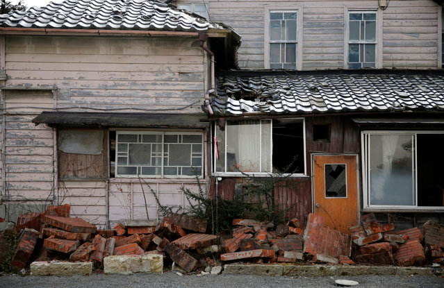 A house damaged by the tsunami is seen at a residential area in an evacuation zone in Namie, February 28, 2017. (Photo by Toru Hanai/Reuters)