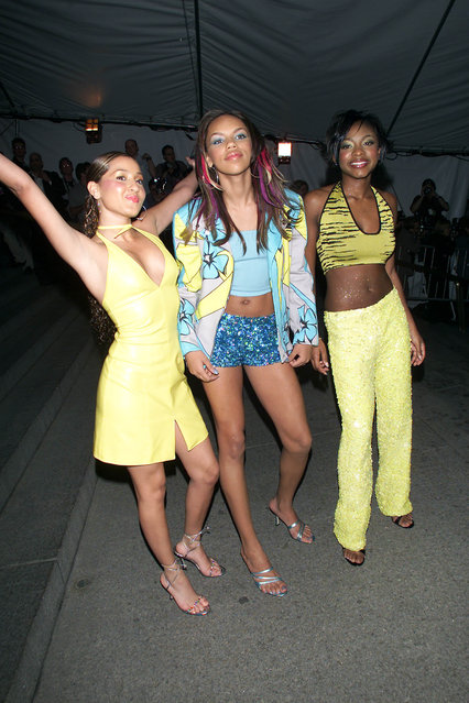 """3LW arrive at the Metropolitan Museum's Costume Institute Gala for the opening of """"Jacqueline Kennedy: The White House Years"""" at the Metropolitan Museum of Art in New York City on April 21, 2001. (Photo by Evan Agostini/Getty Images)"""