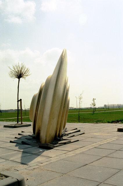 Fallen (Location - Secondary school 'Het Baken' Almere, Holland)