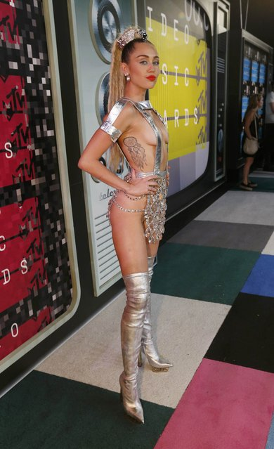 Show host Miley Cyrus arrives at the 2015 MTV Video Music Awards in Los Angeles, California August 30, 2015. (Photo by Mario Anzuoni/Reuters)
