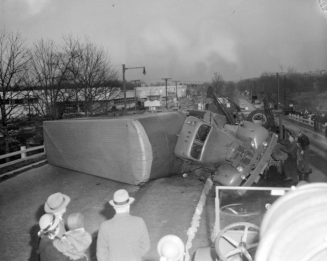Truck overturned, 1950s. (Photo by Leslie Jones)