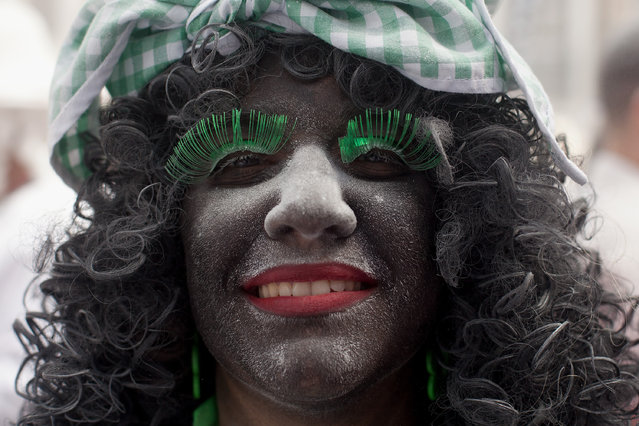 A reveller poses for a picture during Los Indianos carnival on March 3, 2014 in Santa Cruz de La Palma, Spain. (Photo by Pablo Blazquez Dominguez/Getty Images)