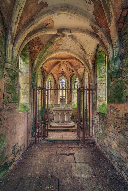 The Little Chapel. (Photo by Matthias Haker/Caters News)