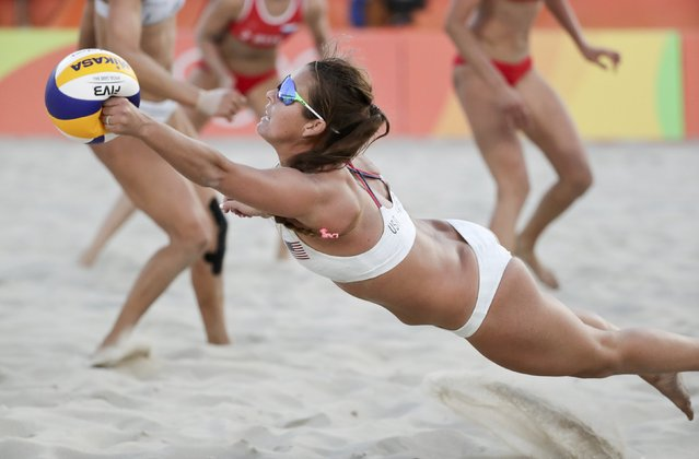 2016 Rio Olympics, Beach Volleyball, Women's Preliminary, Beach Volleyball Arena, Rio de Janeiro, Brazil on August 11, 2016. Brooke Sweat (USA) of USA competes. (Photo by Ricardo Moraes/Reuters)