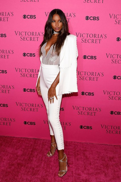 Jasmine Tookes attends the Victoria's Secret Viewing Party Pink Carpet celebrating the 2017 Victoria's Secret Fashion Show in Shanghai at Spring Studios on November 28, 2017 in New York City. (Photo by Taylor Hill/FilmMagic)