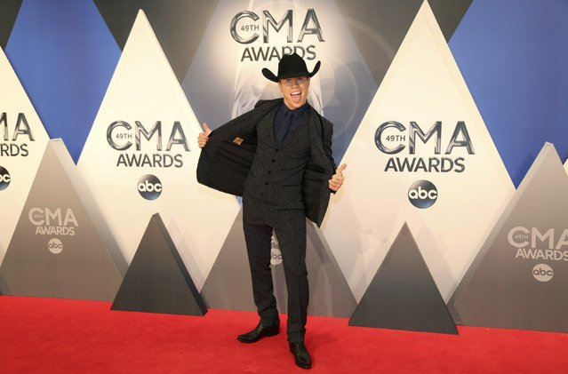 Singer Dustin Lynch arrives at the 49th Annual Country Music Association Awards in Nashville, Tennessee November 4, 2015. (Photo by Jamie Gilliam/Reuters)